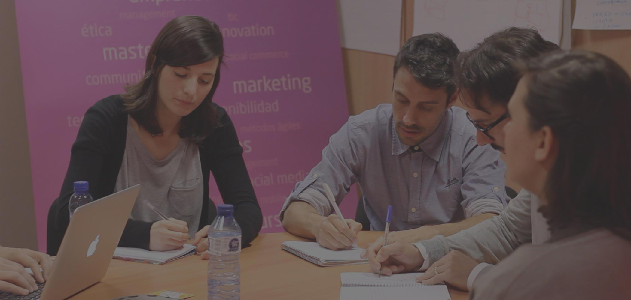Formación en Masters                   Marketing